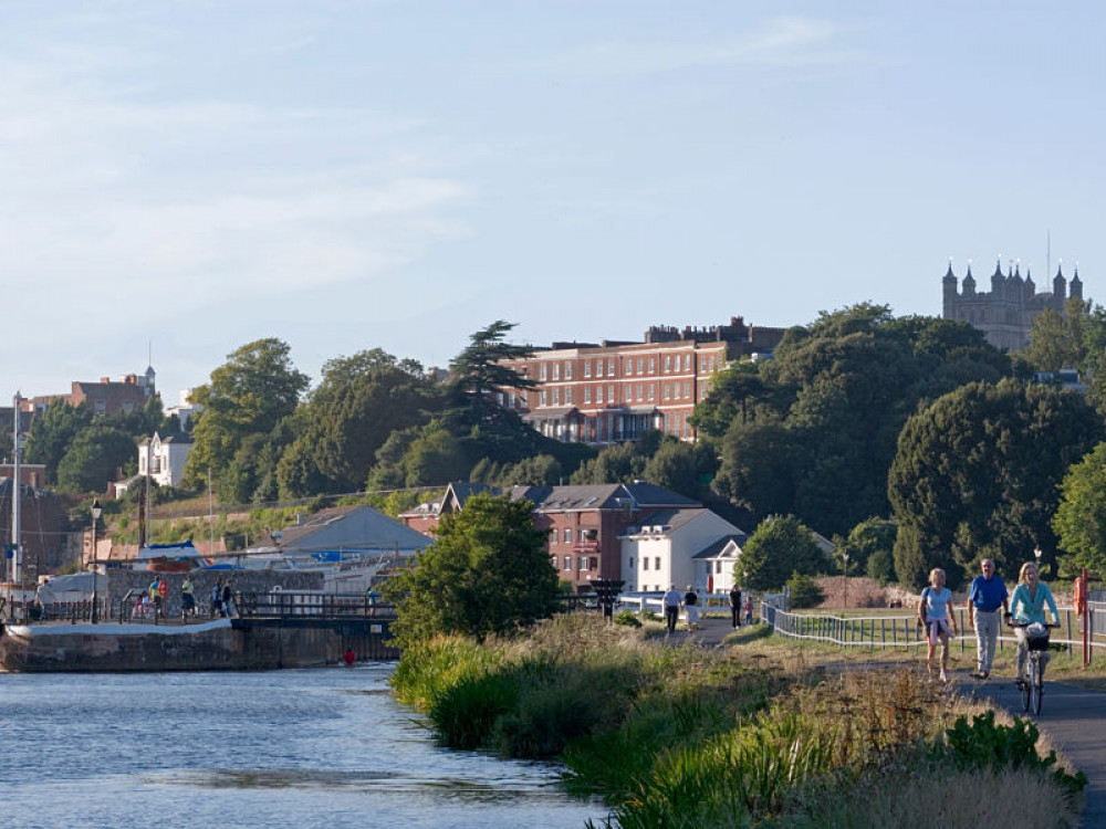 3 Scenic Cycling Routes For Your Self-Catering Stay in Exeter